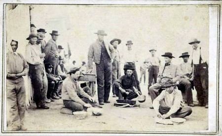 Confederate prisoners Camp Douglas7